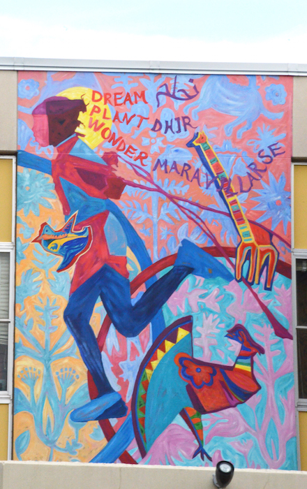 The lyndale mural project celebrating community through art - Grand calendrier mural ...